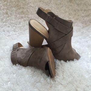 Joe's size 10 suede open toe open heel boots